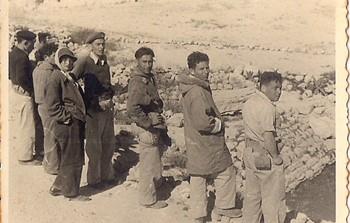 בדרך לרמאן 4.1952-חיים מגן,ברוך,שאול גבעולי_Pic0017.jpg